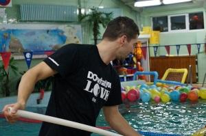 Świnoujście-Zabawa Mikołajowa 2013, basen OSiR